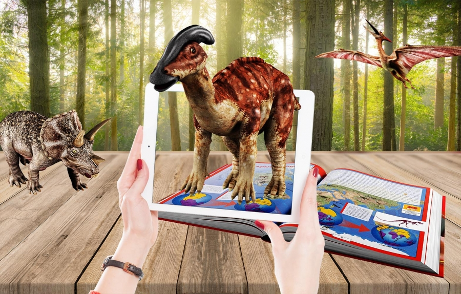 Encyclopedia of Dinosaurs with Augmented Reality